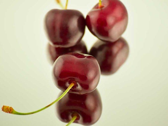 10 Amazing Health Benefits of Cherries